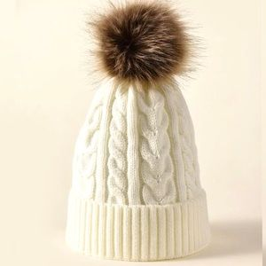 NEW Pom Pom Faux fur knitted Beanie Toque
